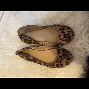 New without tags Leopard print flats